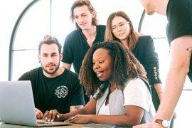 Εκπαίδευση προσωπικού σε μια μικρή επιχείρηση